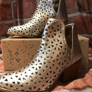 Musse&Cloud Shoes - Anthea Silver All Leather Bootie